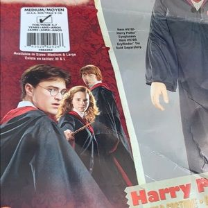 Costumes - Harry Potter hooded robe, clasp, and scarf set